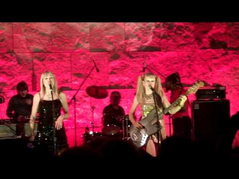 Baixar Tom Tom Club - Genius Of Love (Live 10-9-10)