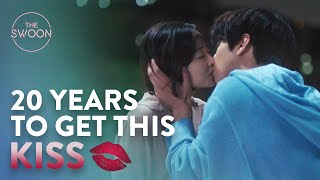 a-confession-and-a-kiss-20-years-in-the-making-abyss-ep-12-eng-sub.jpg