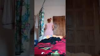 Resmi Alone Live video 2