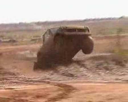 Lada Niva jump 2 - Loveday 4x4 park SA
