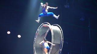 """""""วงล้อแห่งความตาย""""  """"Wheel of Death""""กายกรรมสะท้านโลก Chimelong Circus........เจริญศรี มิตรภานนท์"""