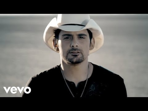 Brad Paisley - Remind Me  ft. Carrie Underwood (Official Video)