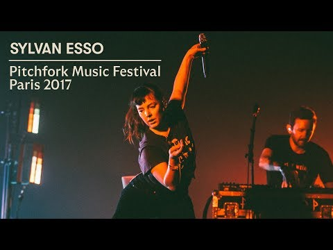 Sylvan Esso | Pitchfork Music Festival Paris 2017 | Full Set