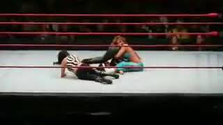 11.10.08 HOUSE SHOW Mickie James & Kelly Kelly vs Beth Phoenix & Layla    (Special Ref Candice)