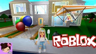 A Day in Bloxburg - House Tour, Party, Hanggliding - Roblox Roleplay Titi Games
