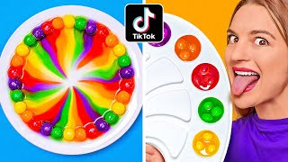 MEZCLAMOS 10 000 SKITTLES || ¡Un arcoíris gigante de Skittles! 100 capas por 123 GO! CHALLENGE