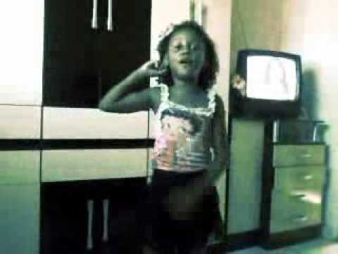 Baixar MC Britney - Camaro - versão sâmela .