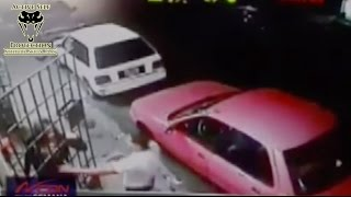 Mugger Shot by Armed Victim