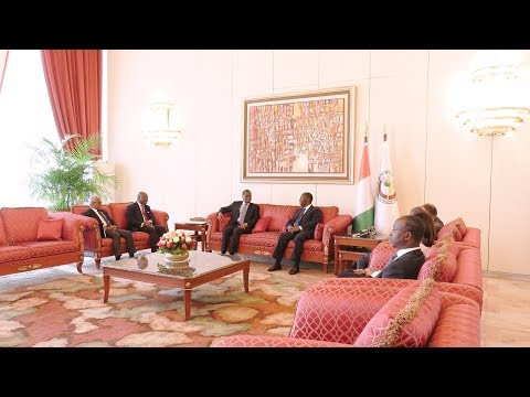 Entretien du Chef de l'Etat avec des Émissaires du Président de la République du Bénin
