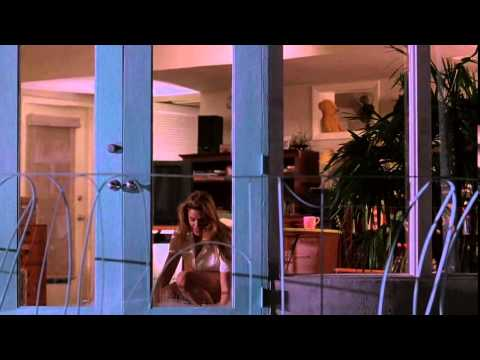 Fair Game (1995) - Cindy Crawford Gets Blown