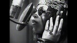 "Aaliyah - R. Kelly ""Born Into The 90's"" 1993 [Aaliyah.pl]"