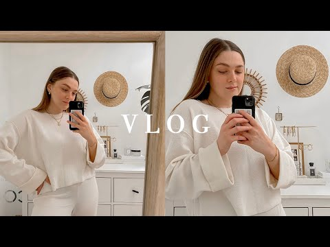 Vlog | LIFE CATCH UP, BOOKS, BREAD & A BEAUTY HAUL | I Covet Thee