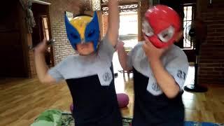 FUNNY VIDEO TWINS BOY DANCE  HAVING FUN /spiderman ,x-man sing & dance/sing song for children