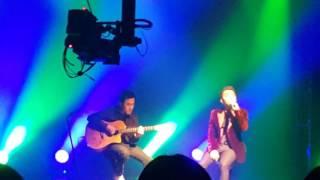 (280317) Cơn mưa ngang qua Live ( Acoustic Version ) - Sơn Tùng MTP's Fanmeeting in Seoul