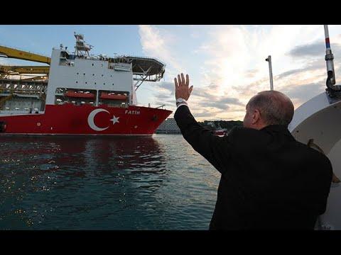 Cumhurbaşkanı Erdoğan Karadeniz'e açılan Fatih Sondaj Gemisini selamladı