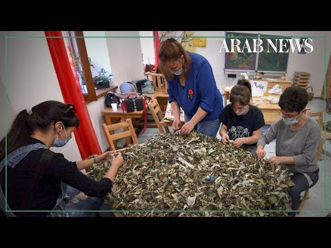 Armenia: Parents and teachers make camouflage nets for Karabakh soldiers