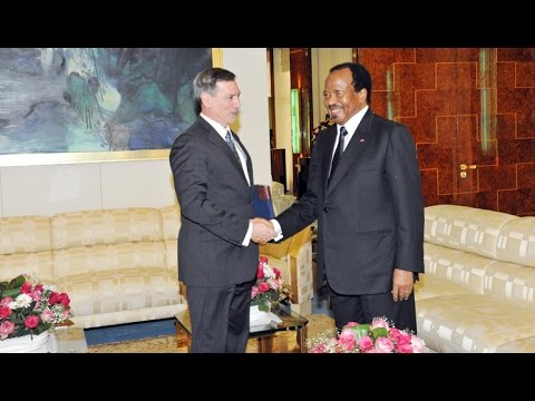 Audience accordée par S.E. Paul BIYA à l'Ambassadeur Michael Stephen HOZA, le 27 04 2017