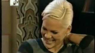 Russell Brand talks to Pink, 2006