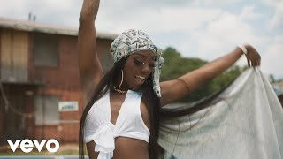 Flo Milli - Weak (Official Video)