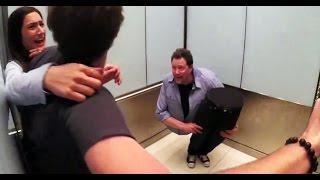 Ušli su u lift u kojem se nalazio jedan nepoznati čovjek. Kada su se zatvorila vrata, doživjeli su ŠOK! (VIDEO)