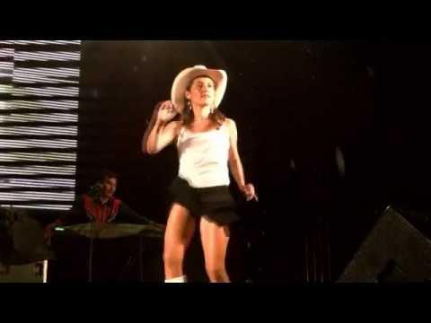Los Cumbieros y sus bailarinas en FAGAF 2012