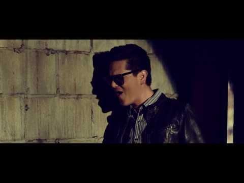Y Si Es Por Amor - (Video Oficial) - Regulo Caro