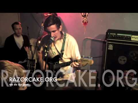 Baixar Dogbreth - How Long (live at VLHS , 1/6/14) (1 of 2)