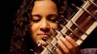 Anoushka Shankar plays 'Pancham Se Gara'