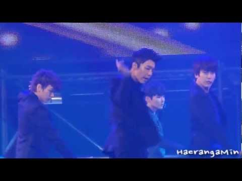 [Fancam] 121021 GS&Concert Donghae - Sexy, Free & Single(섹프싱)