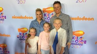 What's Inside attends 2017 Nickelodeon KID'S CHOICE AWARDS - Orange Carpet