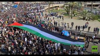 """الآلاف يحتشدون في بغداد تنديدا بـ""""الاعتداءات"""" الإسرائيلية على غزة"""