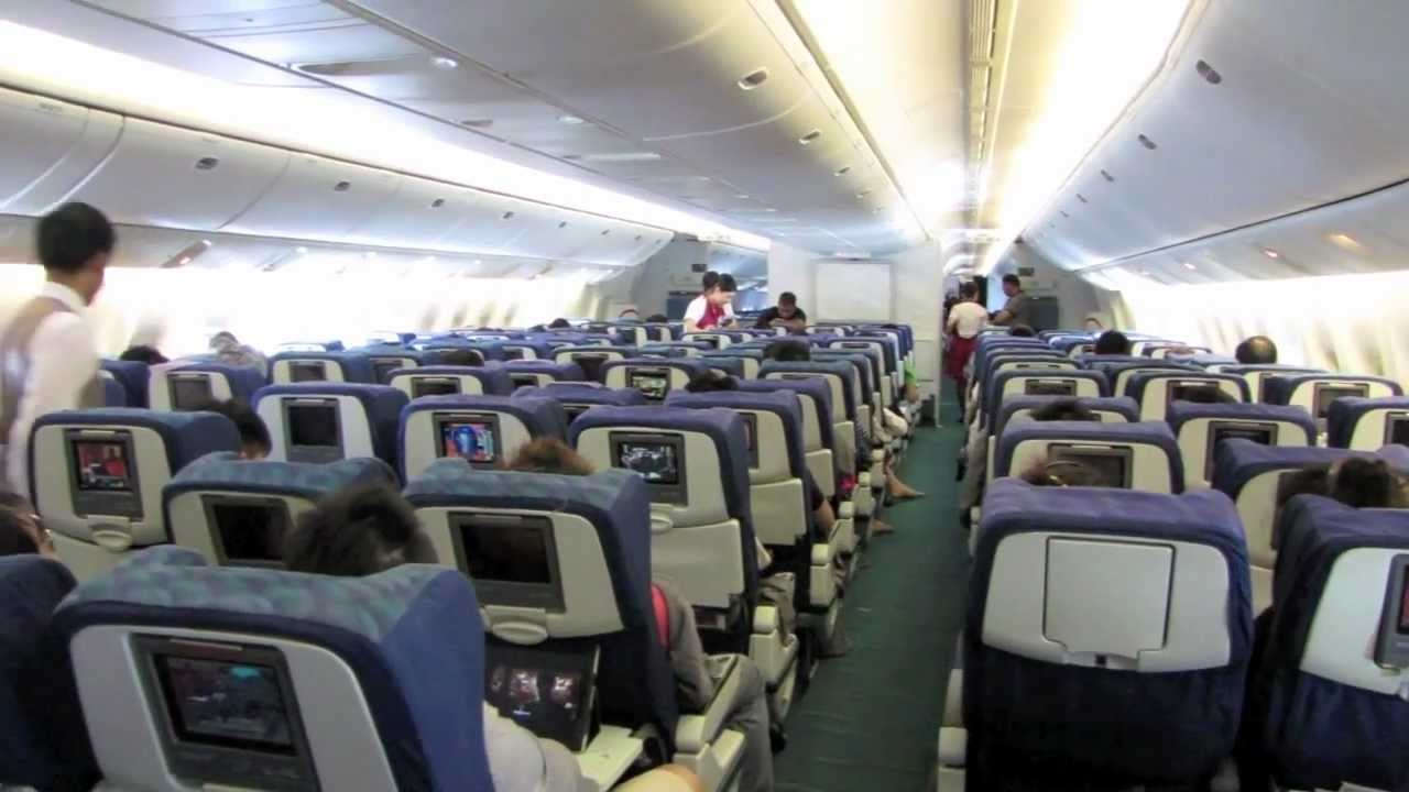 Cathay Pacific Economy Class Review Cx713 Bkk Sin Youtube