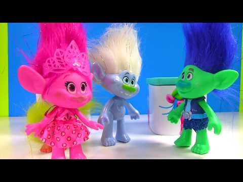 Trolls Movie Surprise Toy Blind Boxes! Slime, Candy Bath Bomb   Fizzy Toy Show