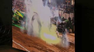 🔥😲🔥 Pulling Tractor BLOWS UP / EXPLODES at Louisville Ky Championship Tractor Pull 2/13/2020