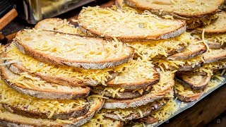 LONDON STREET FOOD, BOROUGH MARKET, BIG GRILLED CHEESE SANDWICH, INTERNATIONAL STREET FOOD
