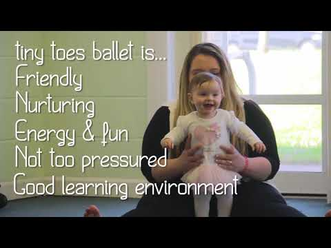 What are the benefits of tiny toes ballet classes?