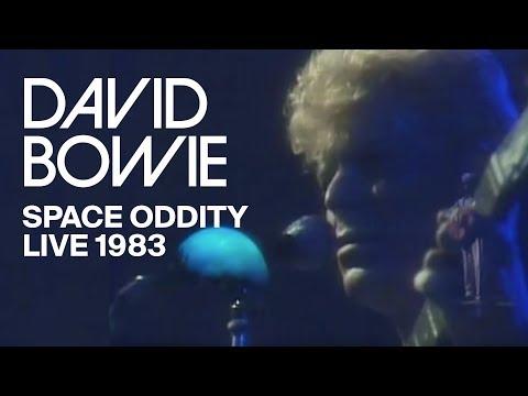 David Bowie - Space Oddity (Live)