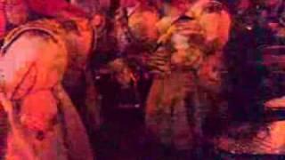 Sábado de Carnaval: Wailuku desfila por la Calle Zurbarán