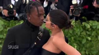 Kylie Jenner caught awkwardly avoiding Nicki Minaj at VMAs | Daily Celebrity News | Splash TV