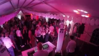 Bekijk video 4 van DJ White op YouTube