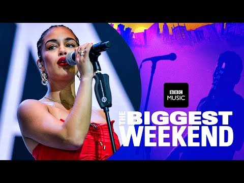 Jorja Smith - Blue Lights (The Biggest Weekend)