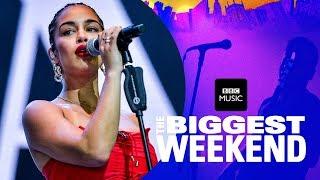 Jorja Smith - Blue Lights (The Biggest Weekend)