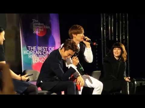 Eunhyuk's entrance + EunHae childish  [141113 HD Fancam] (London Korean Film Festival)