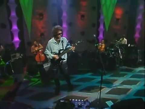 Ella Uso Mi Cabeza Como Un Revolver (MTV Unplugged)