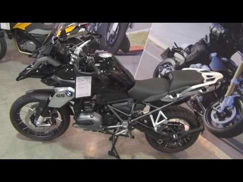 BMW Motorrad R 1200 GS (2016) Exterior and Interior in 3D