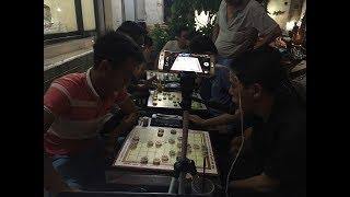 Cờ chớp giang hồ : Lại Việt Trường ( 3p - ngồi bên phải ) vs Chu Tuấn Hải ( 5p )