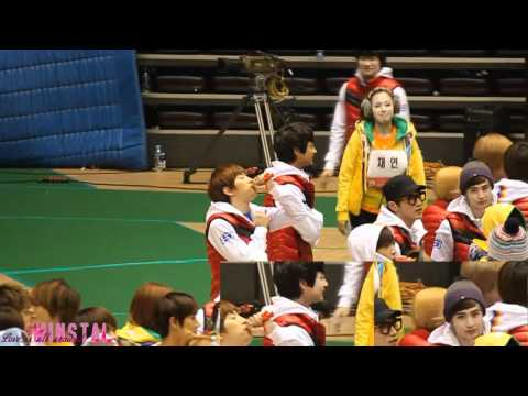 [Fancam] Minho and Krystal - Idol Championship 1