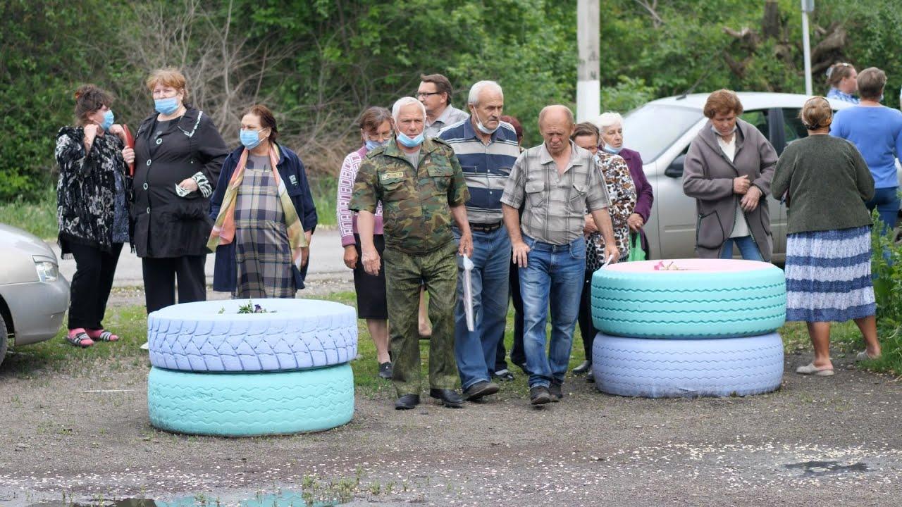 Жители ростовского села 75 лет ждут ремонта моста, который немцы построили за один день