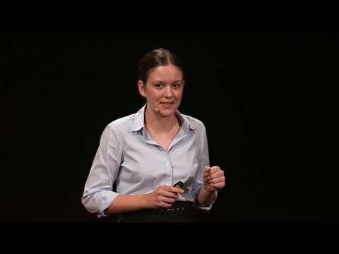 Czytasz wiadomości? Włącz myślenie. | Maria Ptaszek | TEDxKids@AcademyInternational
