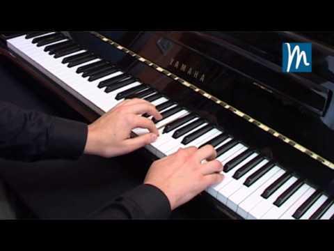 Cómo leer partituras en el piano, tocando sin errores - Curso de Piano Online